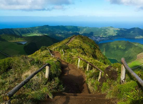 Azores GreenMark - Feel the Azorean Nature: Twin Lakes Trail