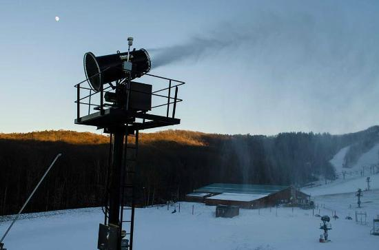 Flat Top, WV: 100% Snowmaking Capability.