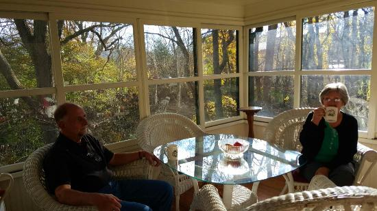 Pinecrest Bed and Breakfast: 20151112_090236_large.jpg
