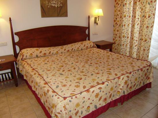un lit de 2 m tres photo de las marismas de corralejo corralejo tripadvisor. Black Bedroom Furniture Sets. Home Design Ideas