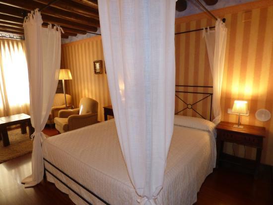 Hotel Los Arcos: Habitación doble superior