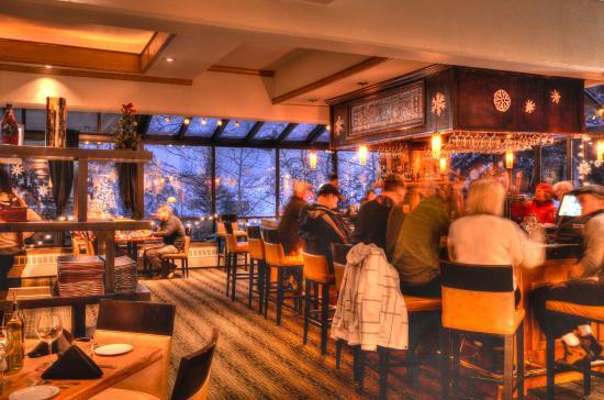 Bar Picture Of The Artisan At Stonebridge Inn Snowmass