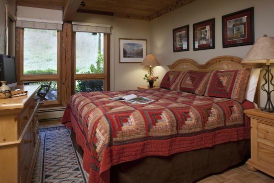 Interlude Condominiums, A Destination Residence: Bedroom