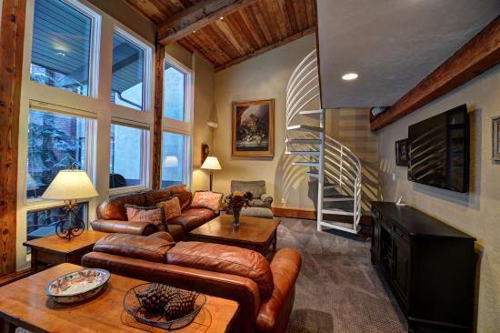 Interlude Condominiums, A Destination Residence : Living Room