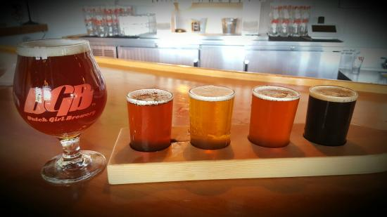Spring Lake, Μίσιγκαν: Some of our beers & beer flight