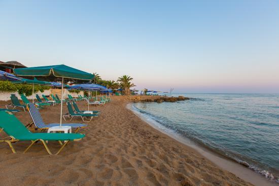 卡萊利海灘飯店
