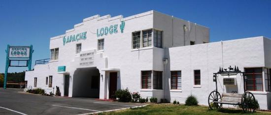 Apache Lodge 이미지
