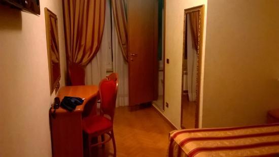 Hotel Brignole: Camera Panorama