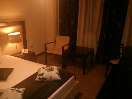 Griff Hotel: IMG_20151109_234124_large.jpg
