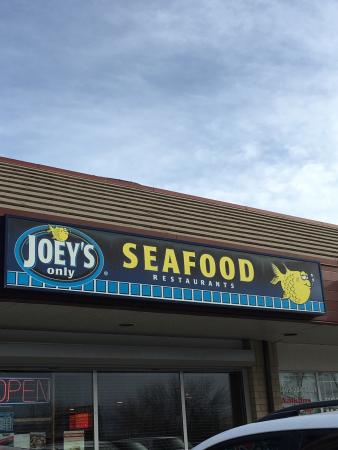 Joey's Seafood Restaurants - Crowchild Trail: photo0.jpg