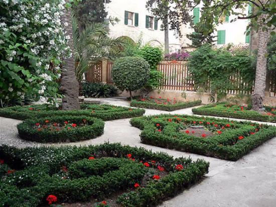 Jardi del bisbe palma de majorque 2018 ce qu 39 il faut for Bistro del jardin mallorca