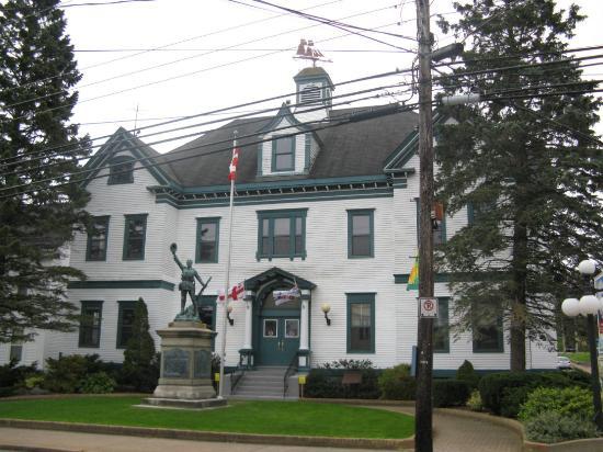 ลิเวอร์พูล, แคนาดา: Town Hall Arts & Cukture Centre, 219 Main St., Liverpool Nova Scotia