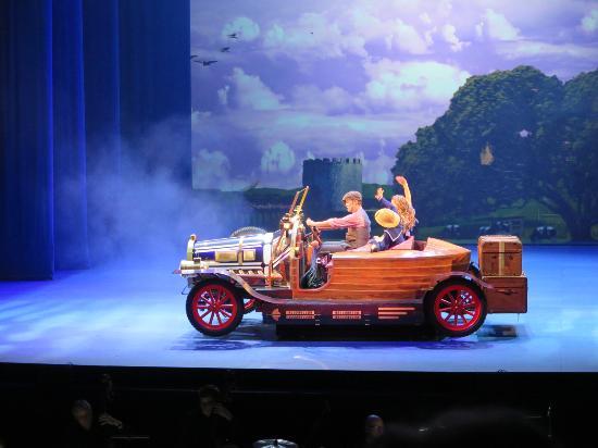 Prinzregententheater: Tschitti Tschitti Bäng Bäng 1