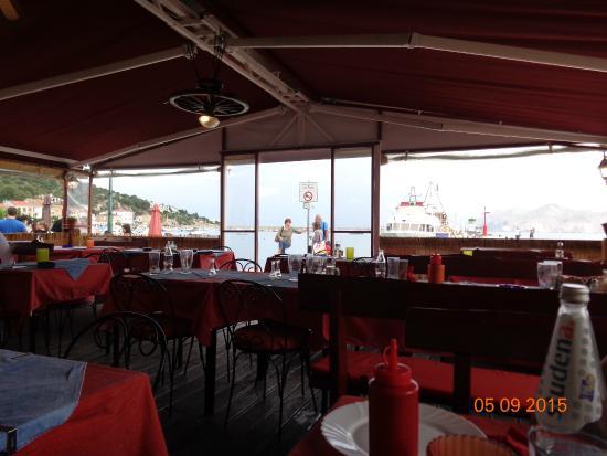Kapetanova Kuća : interno ristorante