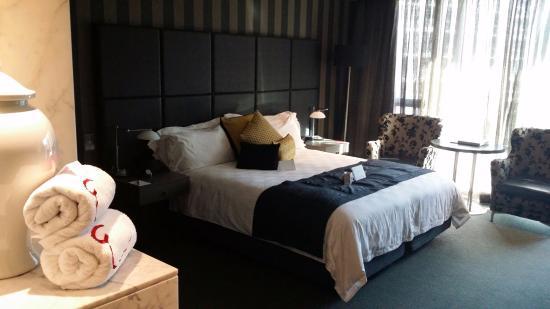 Emporium Hotel: Our room