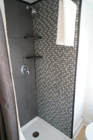 Auberge NOLA Hostel : 2 Person Private Bath