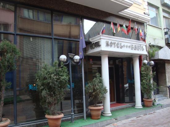 Babil Hotel Entrance