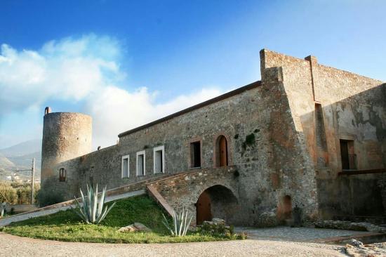 Santa Maria del Cedro, Italia: Esterno