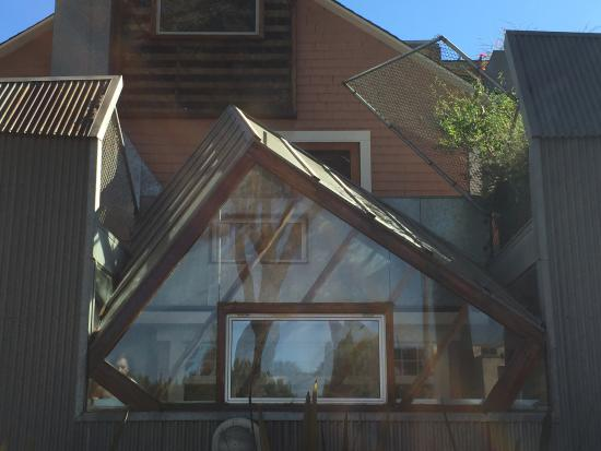 Gehry House : Shapes and textures