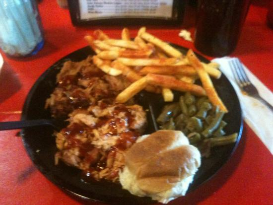 Slap Ya Momma's Barbeque Smoke House: Pulled chicken and pulled pork with fries and green beans