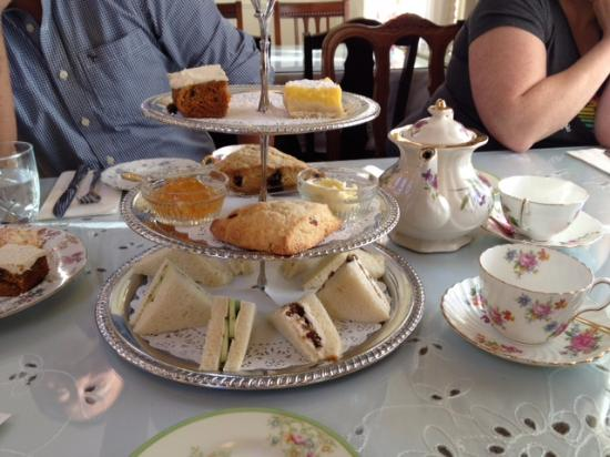 Heath's Tea Room: Tea for Two