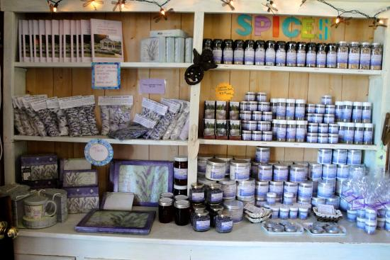 Nelson's Duckpond: lots of lavender items in the store
