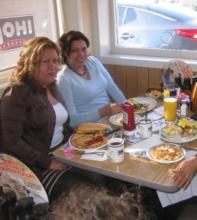 Fair Lawn, NJ: A Beatriz le encanta desayunar aqui IHOP
