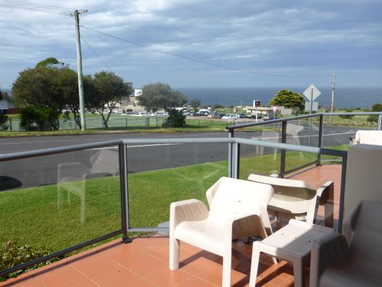 Amooran Oceanside Apartments And Motel Reviews