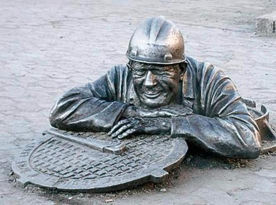 Monument to Stepan, the Plumber : Stepan the Plumber
