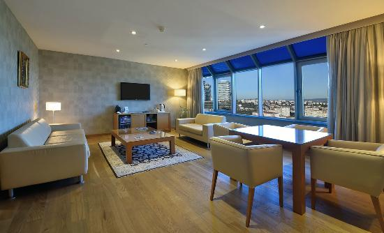 Mercure Istanbul City Bosphorus Hotel: Club Suite