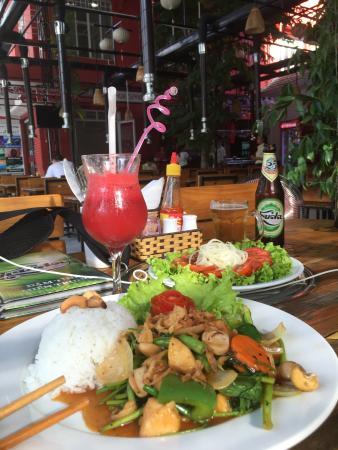 Hue Spring Bar-Restaurant