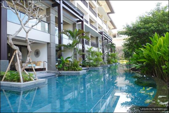 Lagoon Pool Picture Of The Ritz Carlton Bali Nusa Dua Tripadvisor