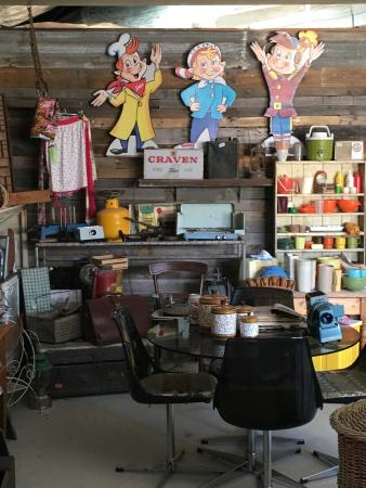 Yankalilla, Australien: The adjacent shop