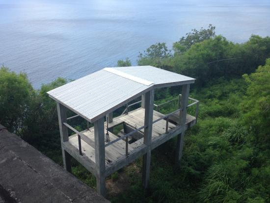 Bequia: The Gallows at the fort in St Vincent