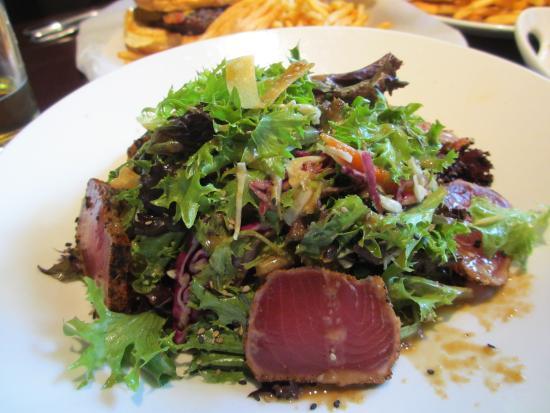 show user reviews yard house restaurant honolulu oahu hawaii