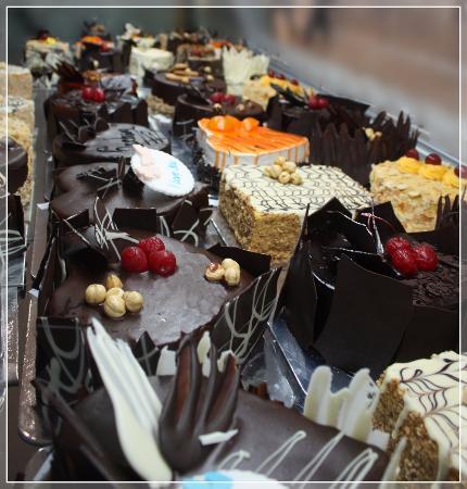 Cafe Music: Cakes - torte - izrada torti po želji