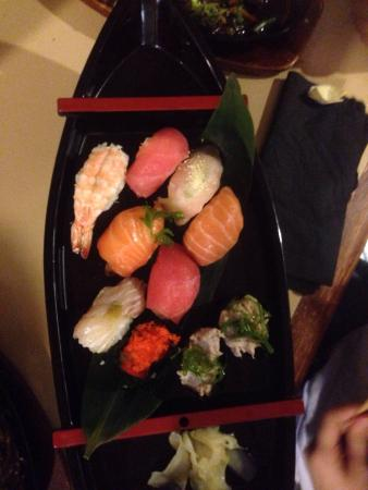 Yume Japanese Restaurant: photo0.jpg