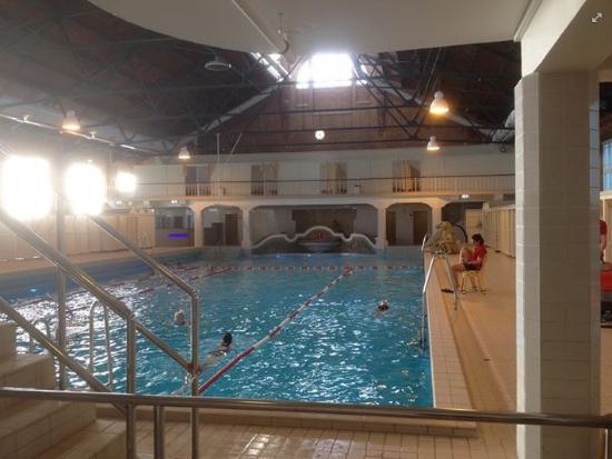 Zuiderbad (indoor): View of the indoor pool