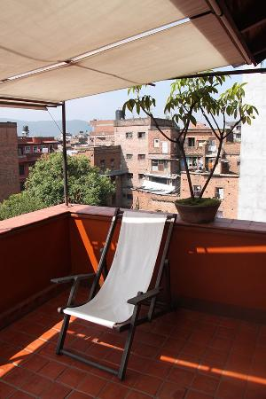 Milla Guesthouse Bhaktapur: A relaxing place to sit and enjoy the view in the sun or shade