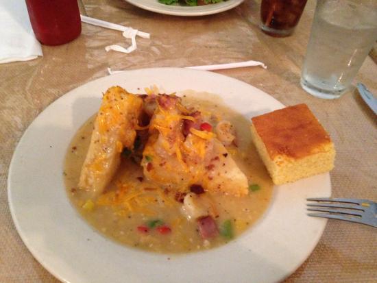 Saint George, Carolina del Sur: Shrimp & Grits Cake