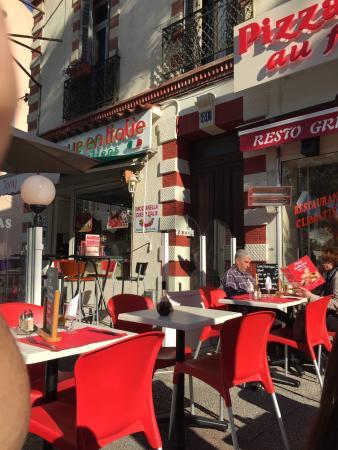 Restaurant pizza tony dans hyeres avec cuisine italienne for Cuisine 83 hyeres