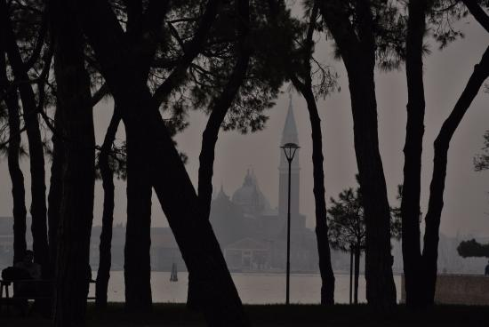 Bed and Breakfast Venezia : view from the island