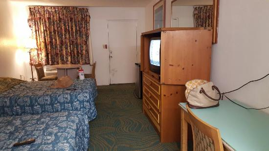 アンバスダー イン ホテル