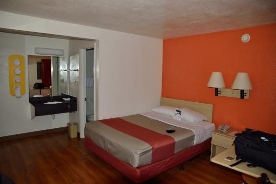 Motel 6 Brattleboro: Zimmer