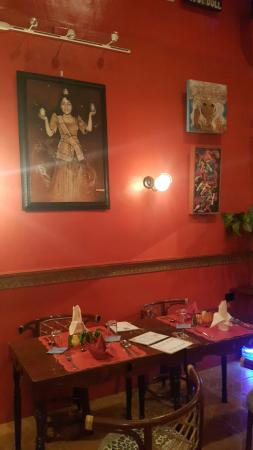 The Gypsy's Lair Art Cafe: 20151114_211435_large.jpg