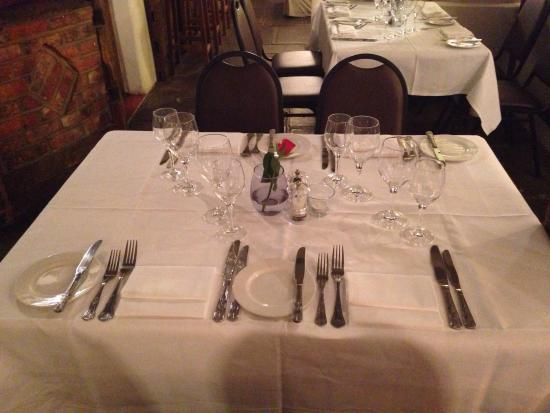 Mango Lounge at The Chequers: The Chequers Brasserie