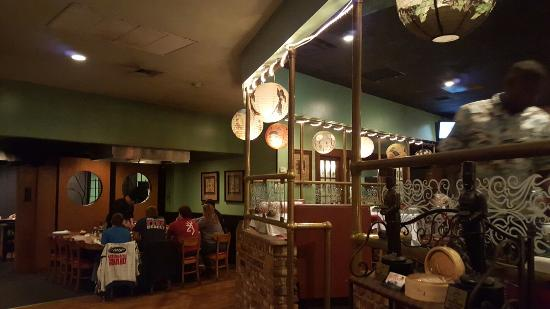 Sho Gun Japanese Bar & Grill: 쇼군. 한국인이 써빙을~ 한국어도 가능. ^^ ~~