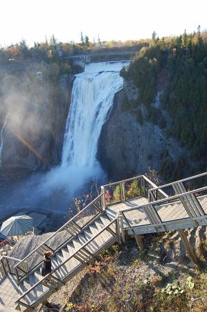 Au Gite de la Chute: Overlooking the falls just short walk from the B&B