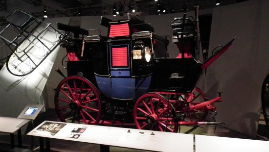 Musee de la Civilisation: Horse Power! Carriage
