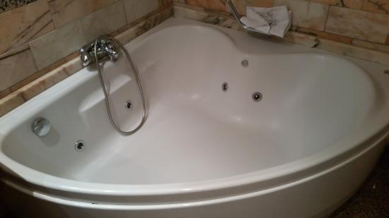 Aparthotel Casa Vella: bañera de hidromasaje para  2 personas